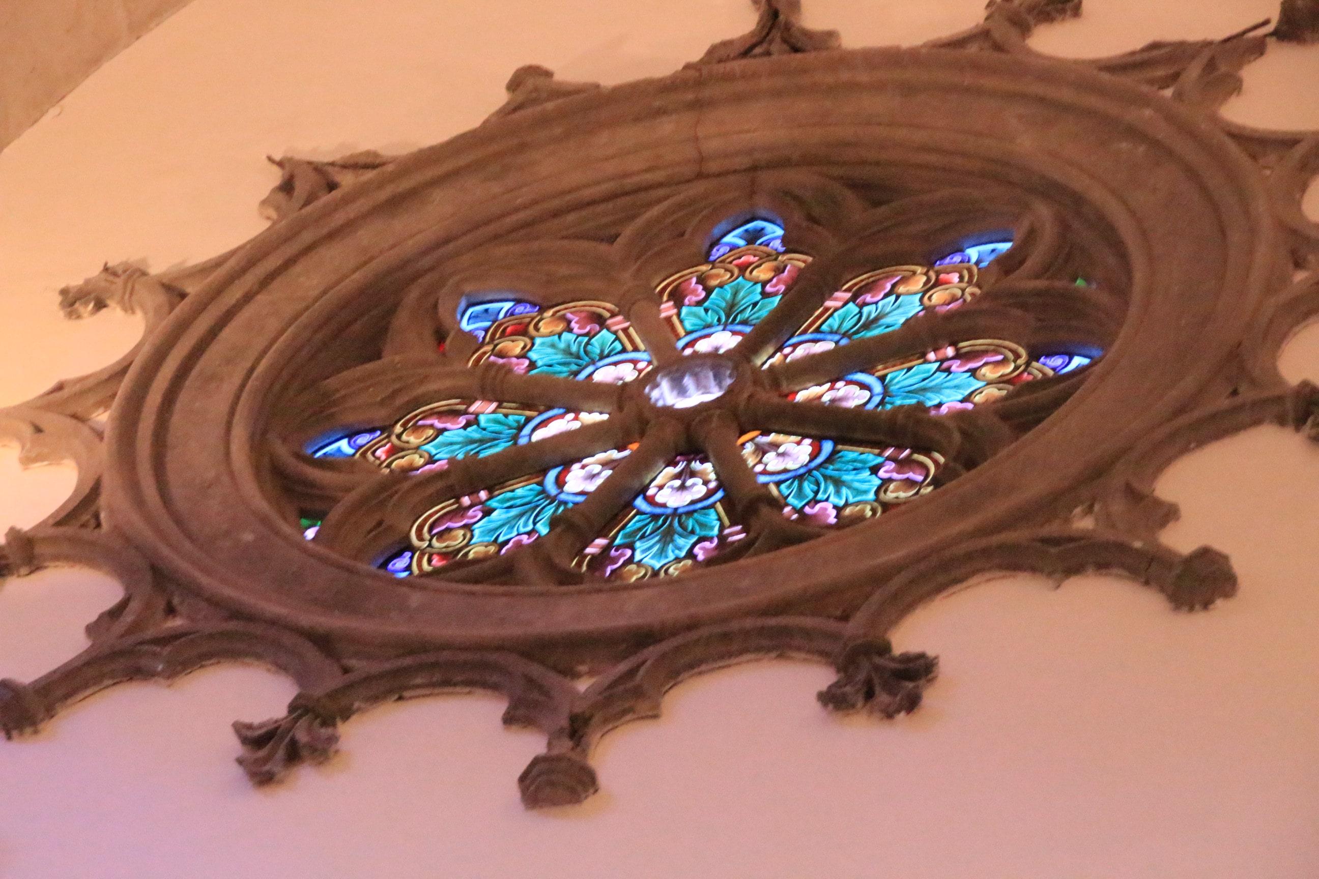 La Laguna Kirchenfenster-min
