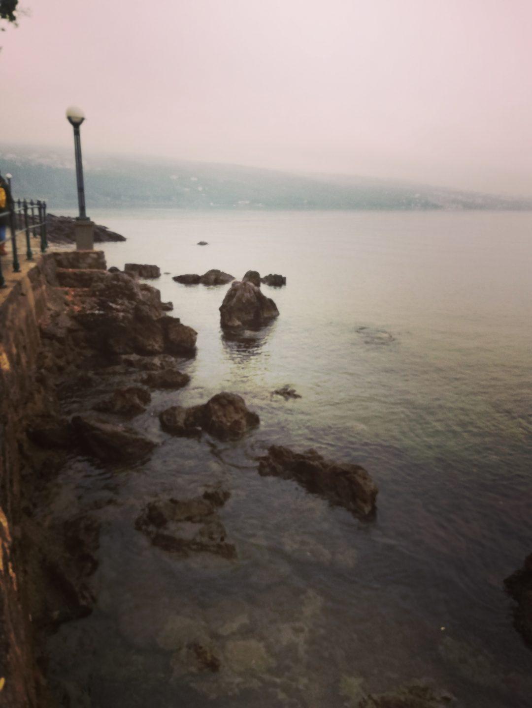 romantischer Blick aufs Meer
